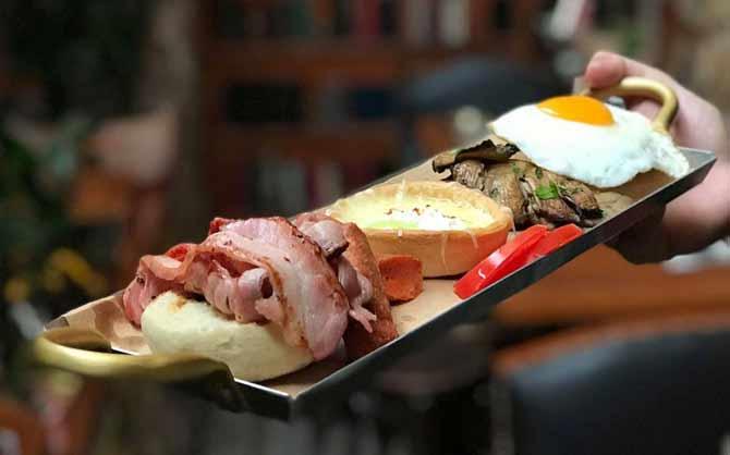 ατομικό αλμυρό πρωινό