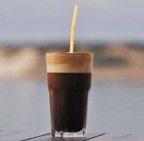 καφεδάκι στο Κερατσίνι